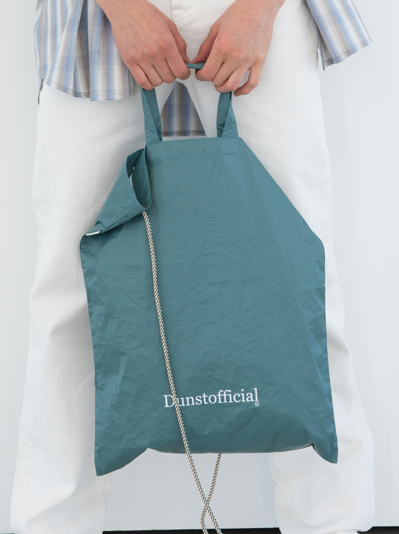 UNISEX TYVEK LOGO TWO-WAY BAG (BLUE GREEN)