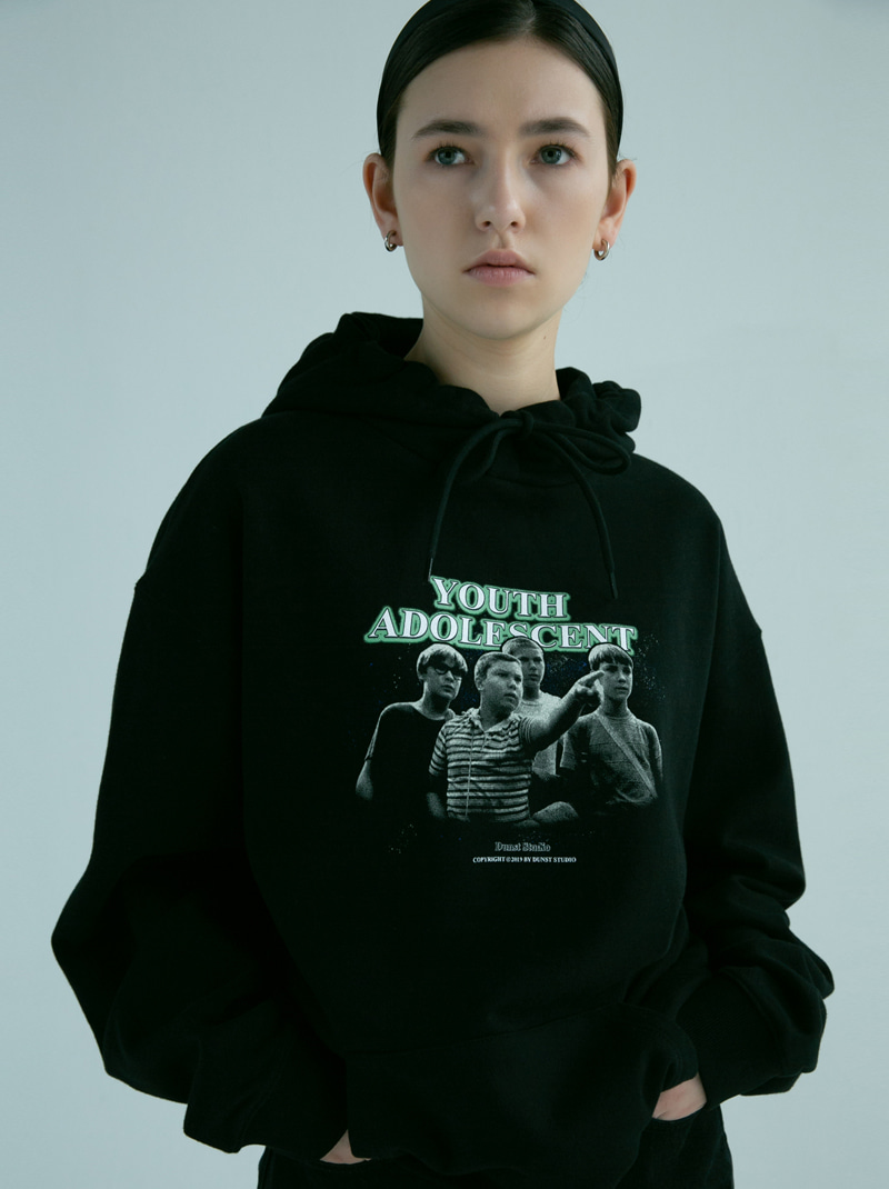 UNISEX NEWTRO YOUTH GRAPHIC HOODIE BLACK