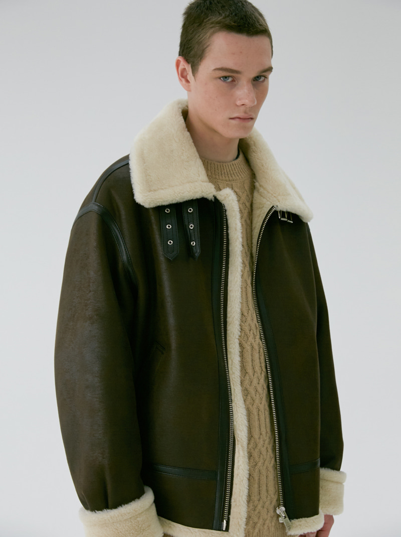 UNISEX LOOSE FIT LINE SHEARLING JACKET BROWN
