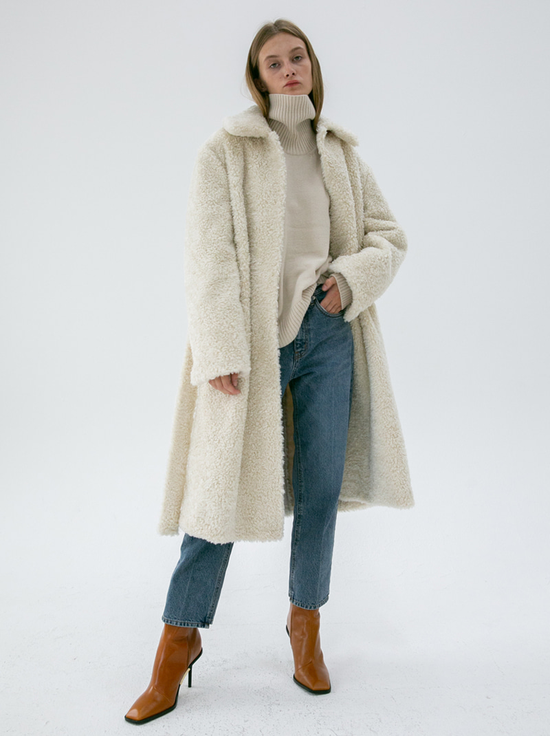 WIDE COLLAR BELTED TEDDY FUR COAT IVORY