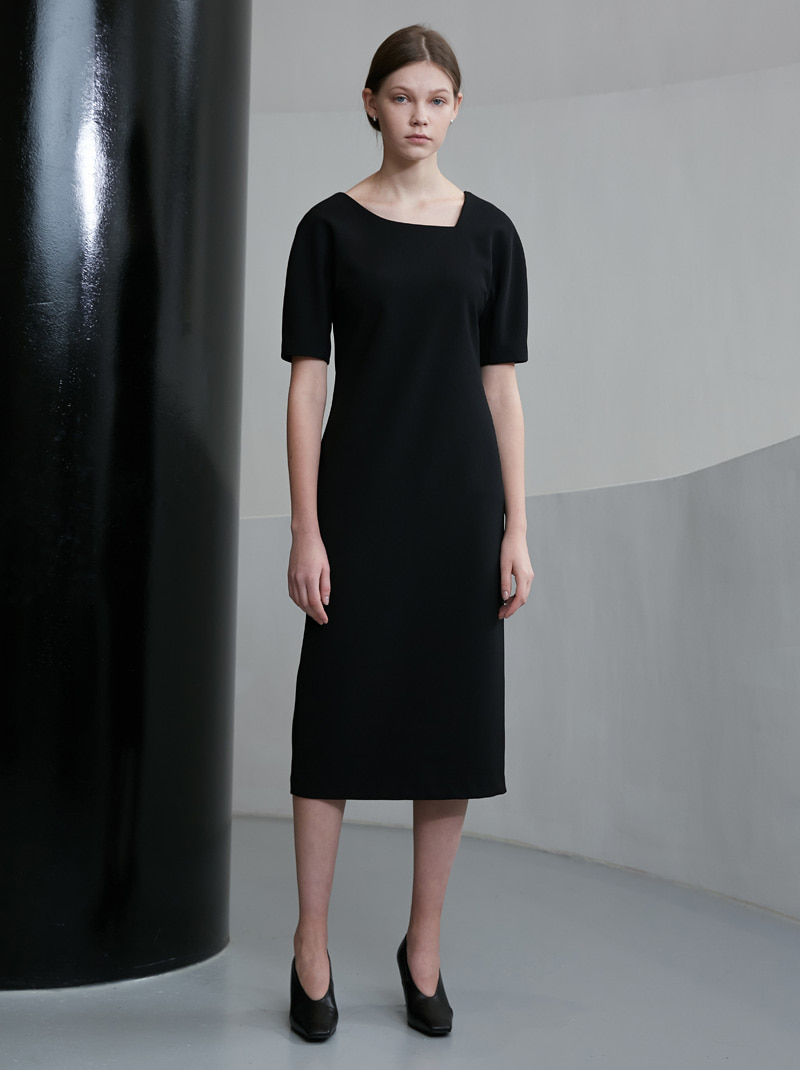 ASYMMETRICAL NECK DRESS BLACK