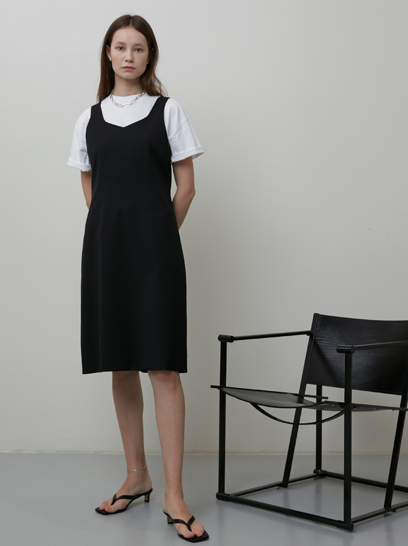 V NECK SLEEVELESS DRESS BLACK