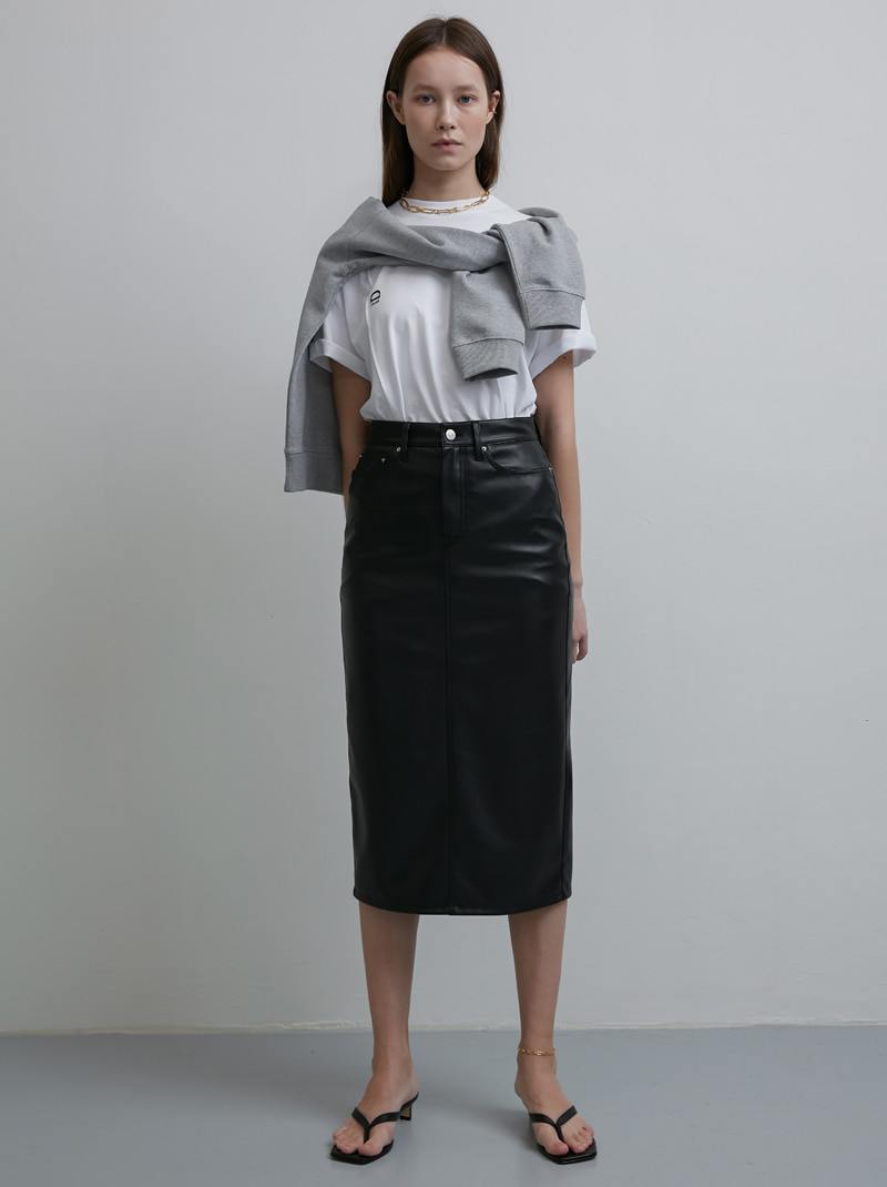 BACK SLIT LEATHER PENCIL SKIRT BLACK