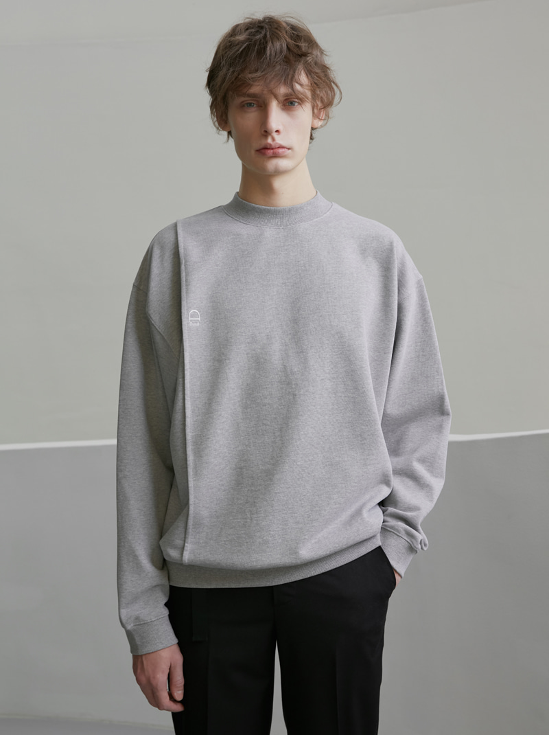 UNISEX MOCK-NECK LOGO CREASE SWEATSHIRT MELANGE GREY